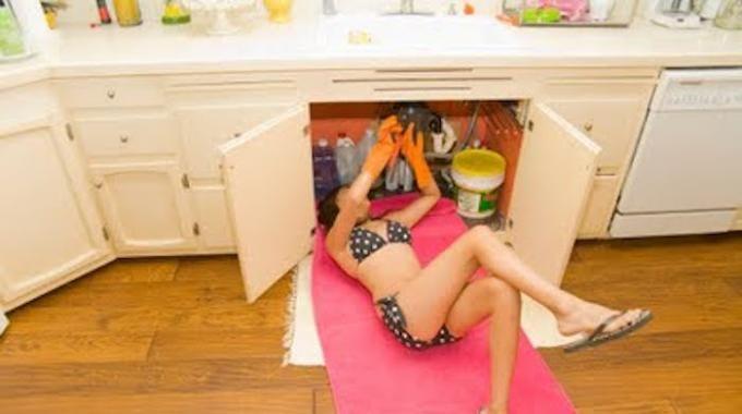 7 astuces efficaces pour d boucher vier douche baignoire lavabo facilement. Black Bedroom Furniture Sets. Home Design Ideas