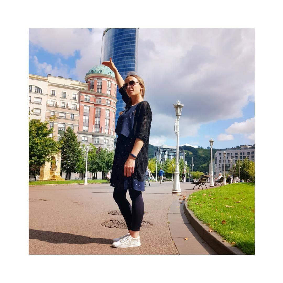 Bilbao 🇪🇦 . . . . . #espagne#bilbao#verybilbao#visit#guggenheim#mangodress#vacances#frenchgirl#look#...