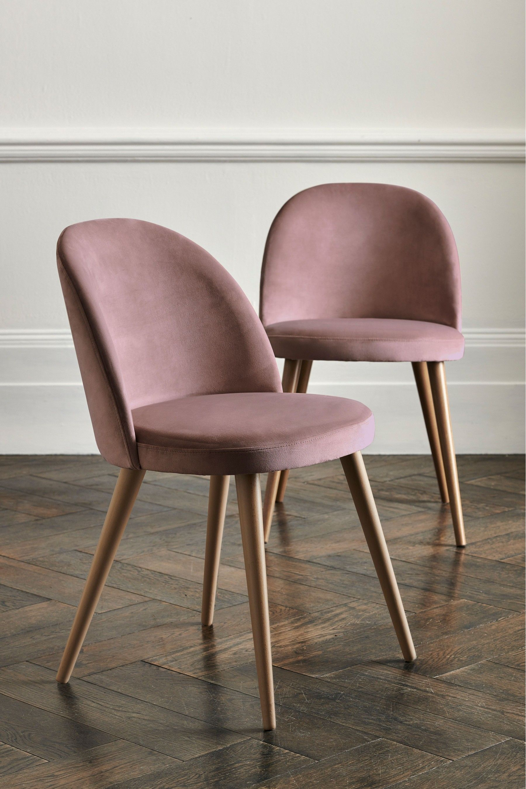 Next Set of 9 Zola Dining Chairs With Washed Legs - Pink in 9090