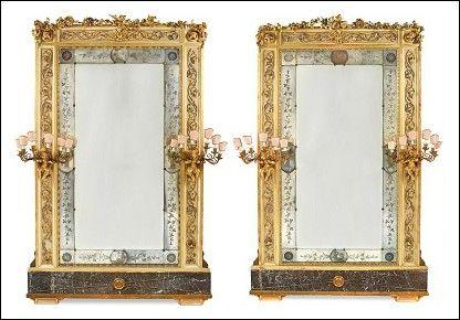 Coppia specchiere dorate oro foglia grandi dimensioni fondo sala