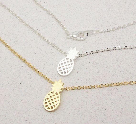 Zilveren Feesttasjes : Nieuwe collectie goud en zilver dainty ananas hanger