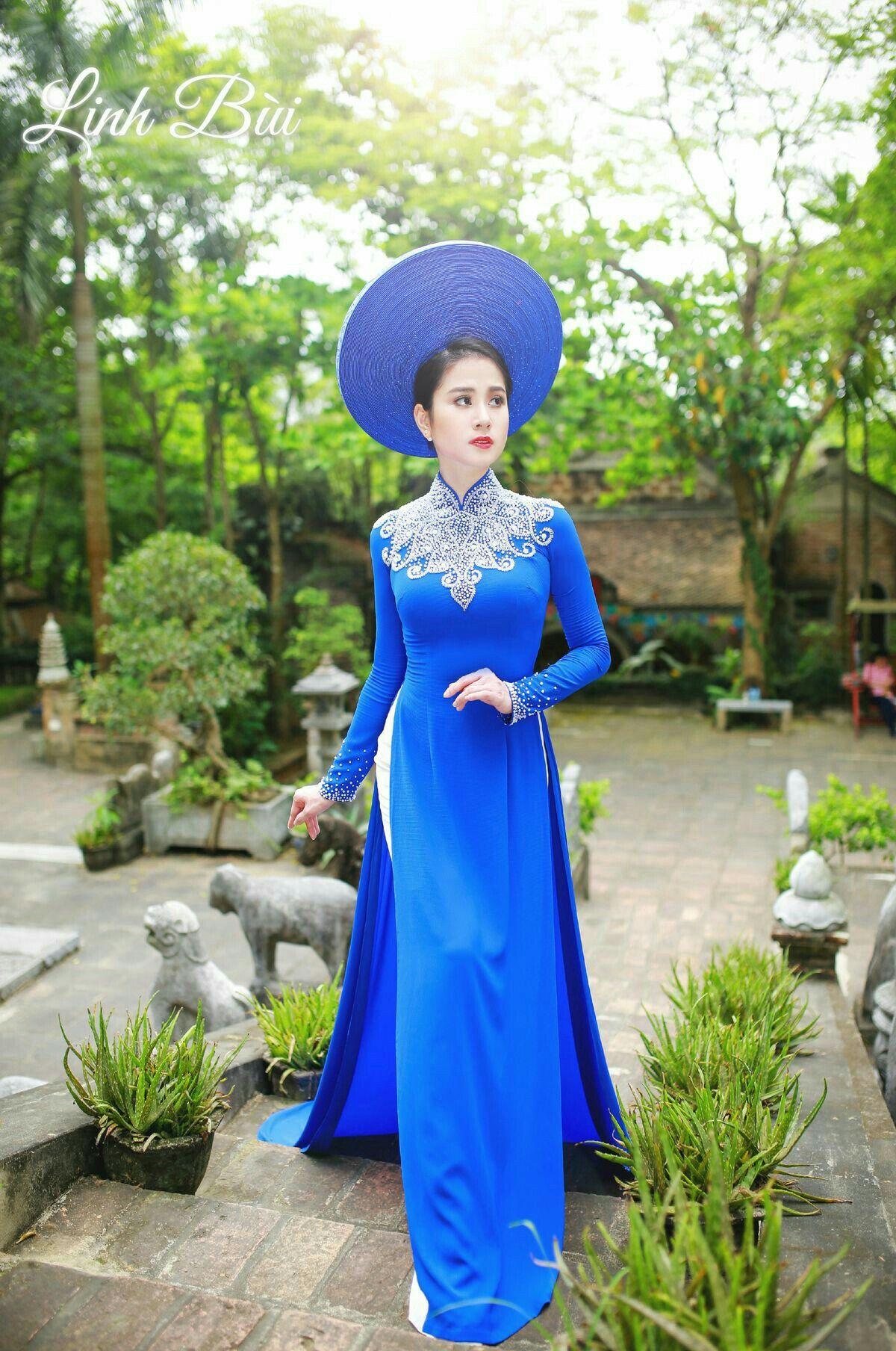 Pin by Lao Y on Áo dài xanh Vietnamese traditional dress