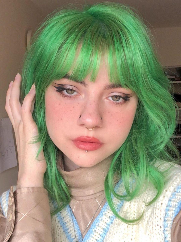 Iris Green In 2020 Green Hair Girl Aesthetic Hair Green Hair