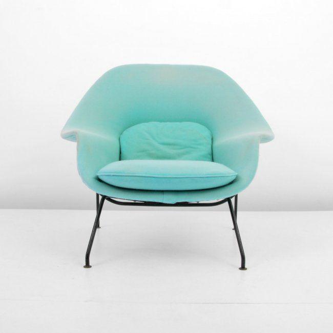 """Eero Saarinen """"Womb"""" Lounge Chair."""
