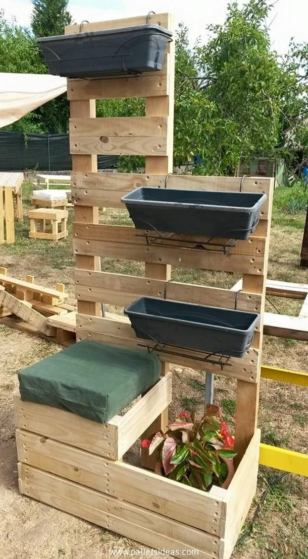 recycled-pallet-planter-2.jpg 610×1,109 pixels