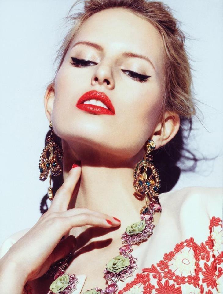 Karolina Kurkova Vogue Turkey