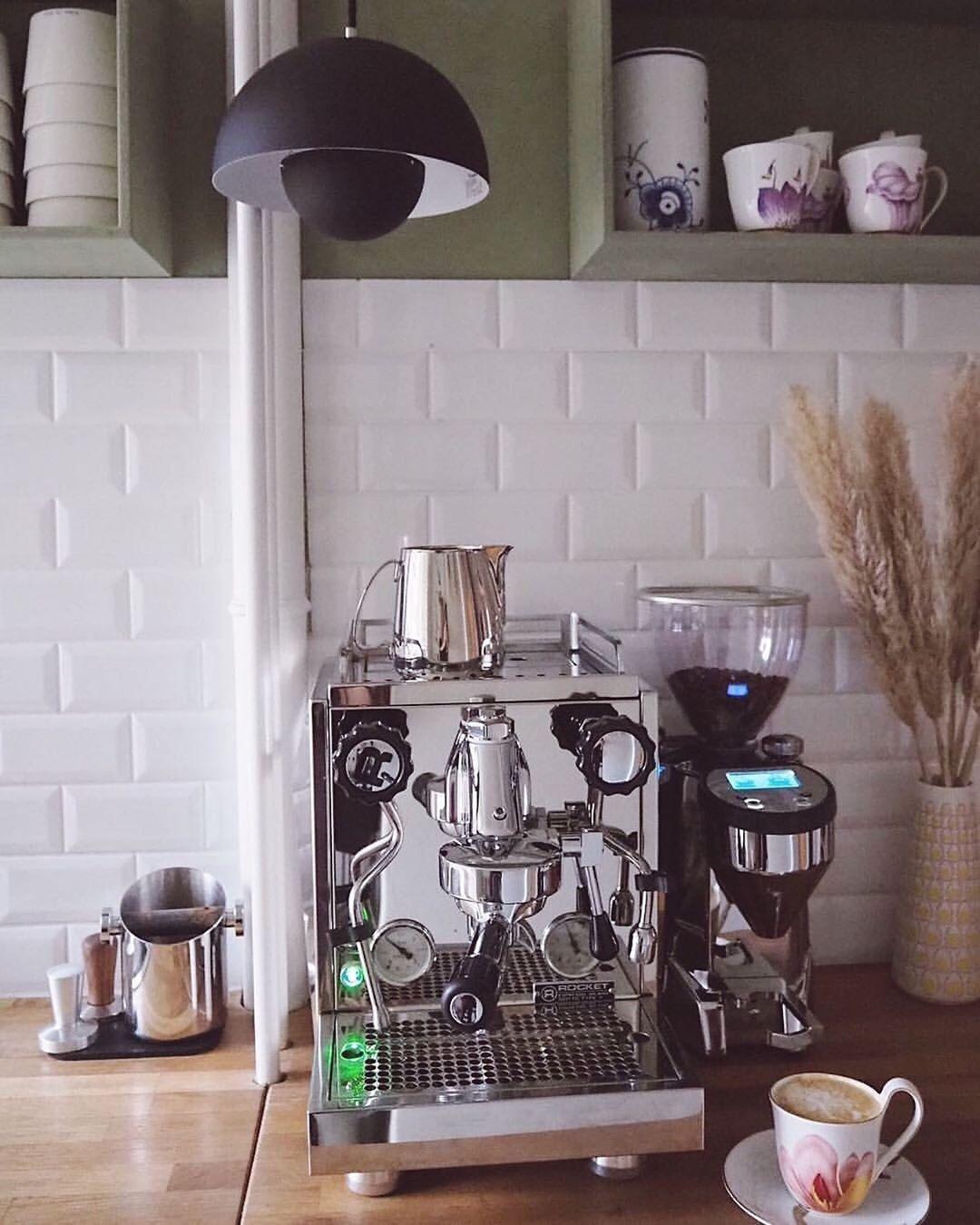Rocket Espresso at home with @inbloom.dk #rocketgiotto #macinatorefausto #rocket...-#kitchendesign #macinatorefausto #rocketathome #rocketgiotto #espressoathome