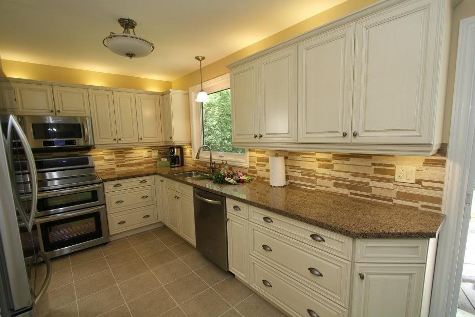 Cream Kitchen Cabinets With
