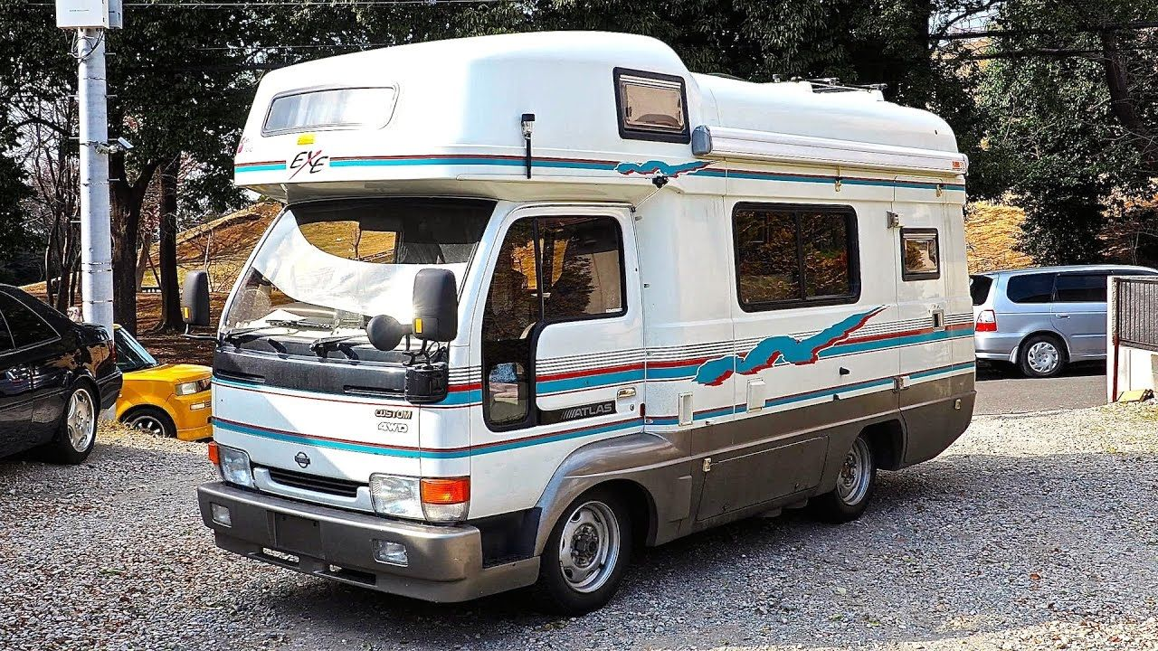 1999 Nissan Atlas Camper 4WD 5speed (Canada Import) Japan