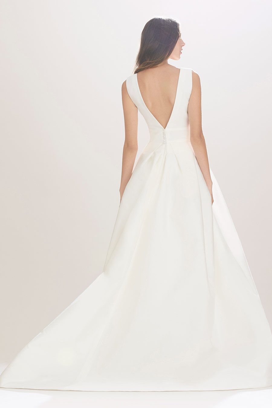 0332578e583 Carolina Herrera Mason at Annika Bridal Boutique
