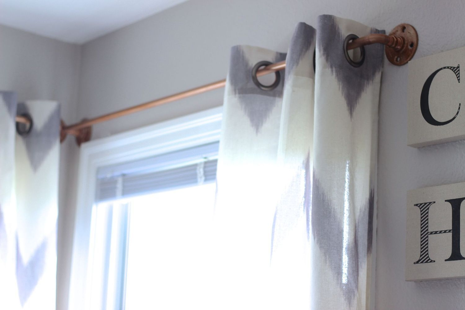 Diy Copper Curtain Rods That Wont Break The Bank Copper Curtain
