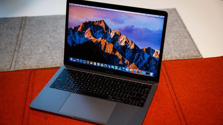 Apple Macbook Pro Review 13 Inch 2016 This Is Basically The Retina Macbook Air You Ve Always Wanted Macbook Pro Review Apple Macbook Macbook
