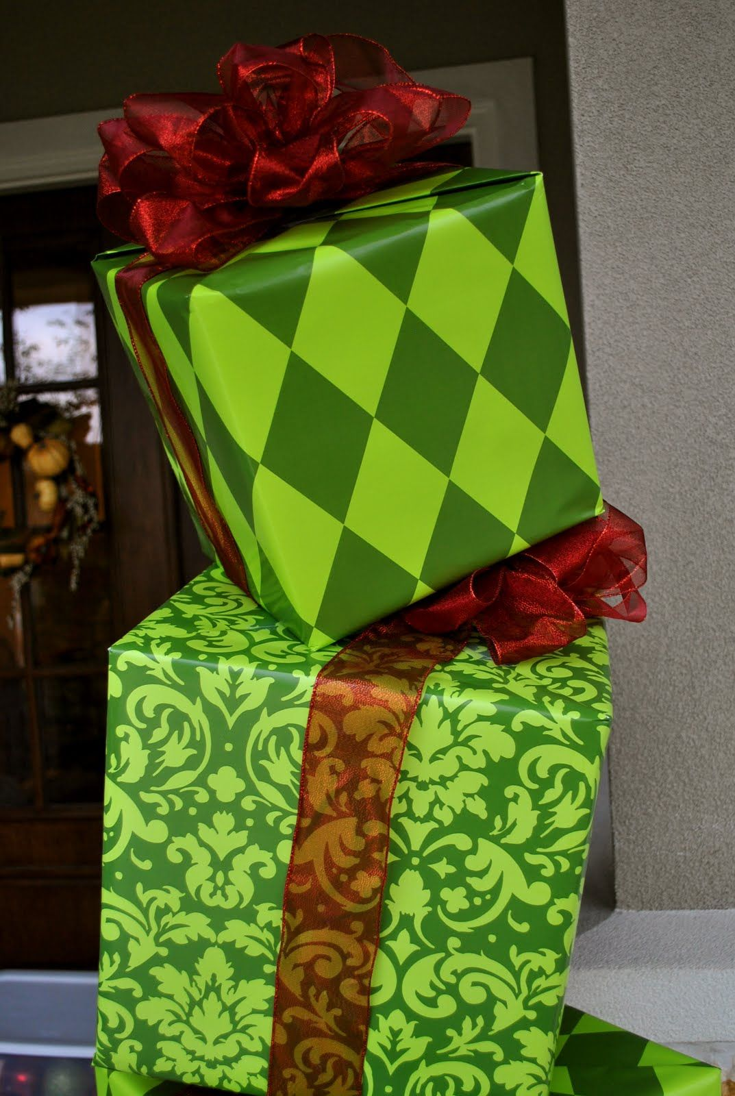 How The Grinch Stole Christmas Party Ideas Part - 47: How The Grinch Stole Christmas Party Decor Need To Make For Outside Office  Doors During Christmas Open House.(How To Make Christmas Boxes)