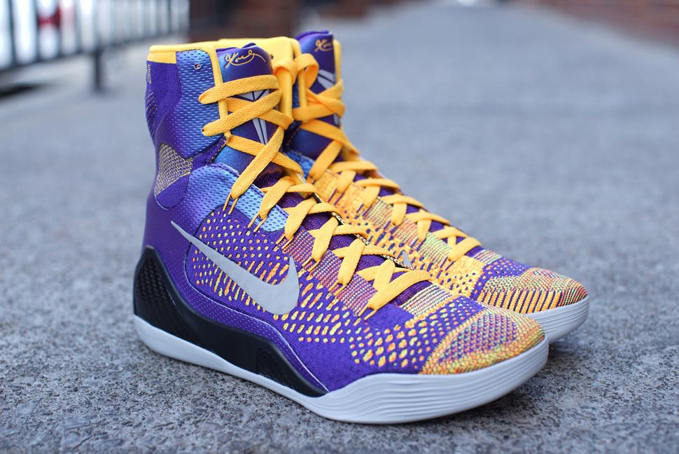 "buy popular f45f6 6b2b1 Nike Kobe 9 Elite ""Team"" (Release Reminder   Detailed Pics)"