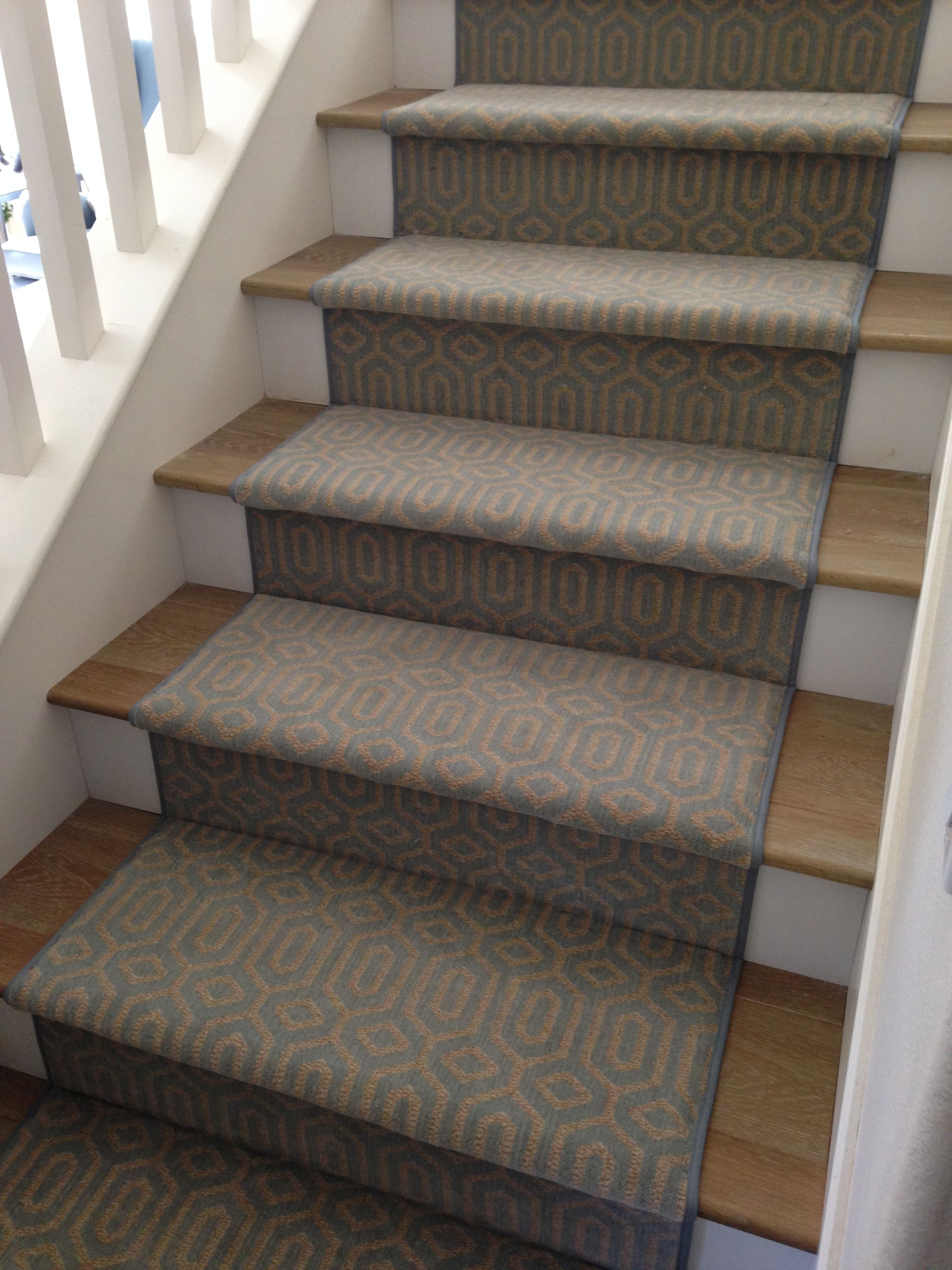 Best Stanton Atelier Miro Ocean Stair Runner Stairs Oak 640 x 480