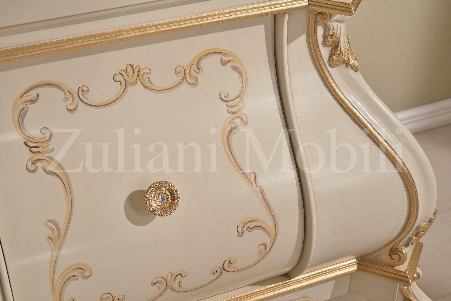particolare della vetrina. #arredamento #classico #furniture ... - Arredamento Classico Milano