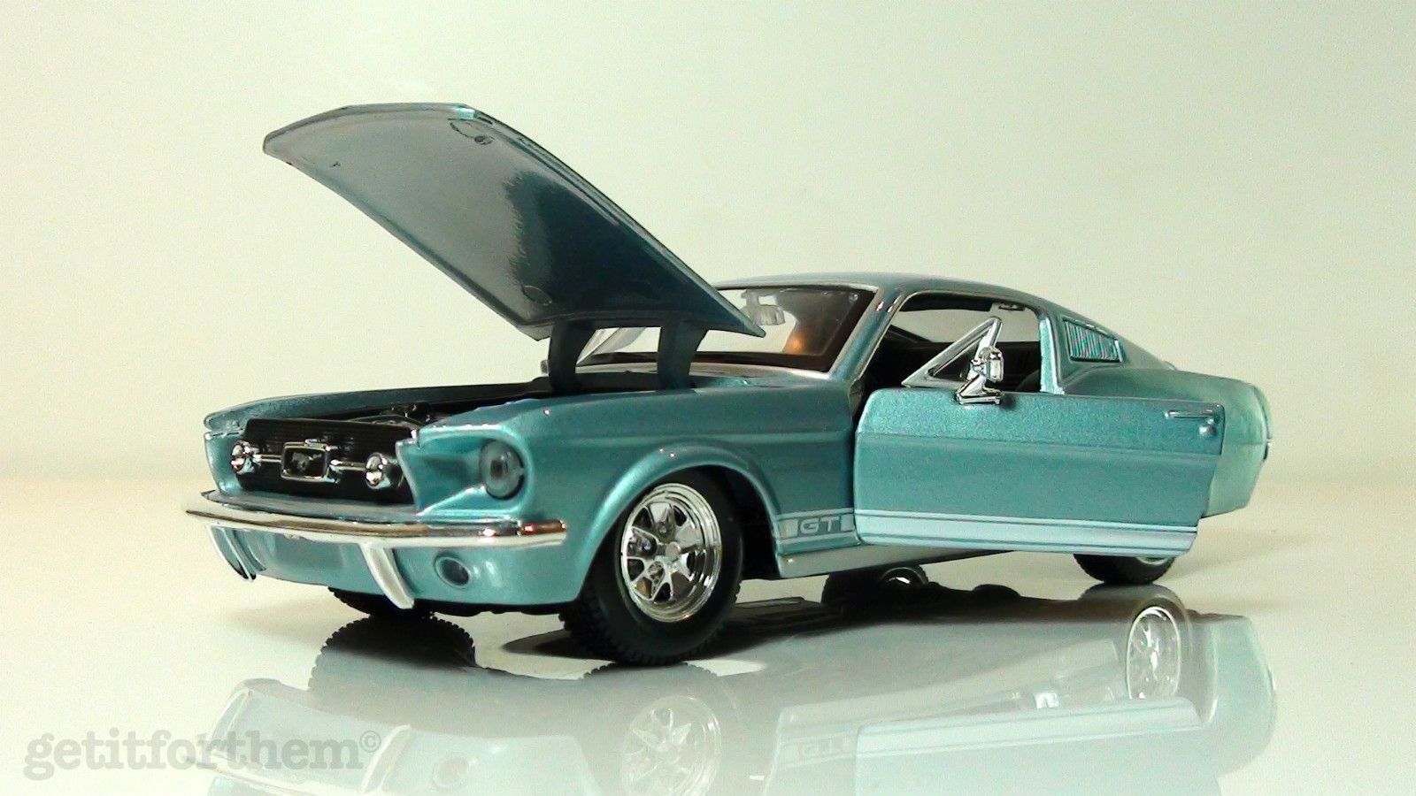 1967 Ford Mustang Gt 289 Fastback Frost Turquoise Toy Car 1 24 New