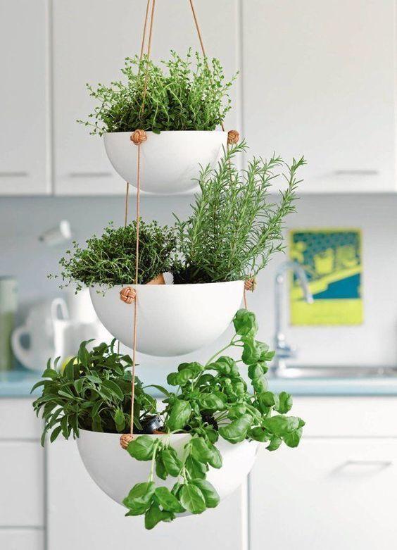 #Home #Decor / 25+ Beautiful DIY Indoor Hanging Plant Decor #hangingplantsindoor