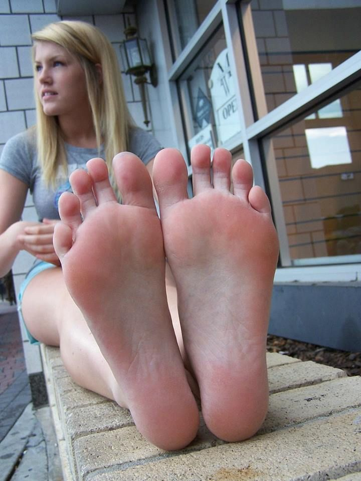 Mature Dry Pink Soles