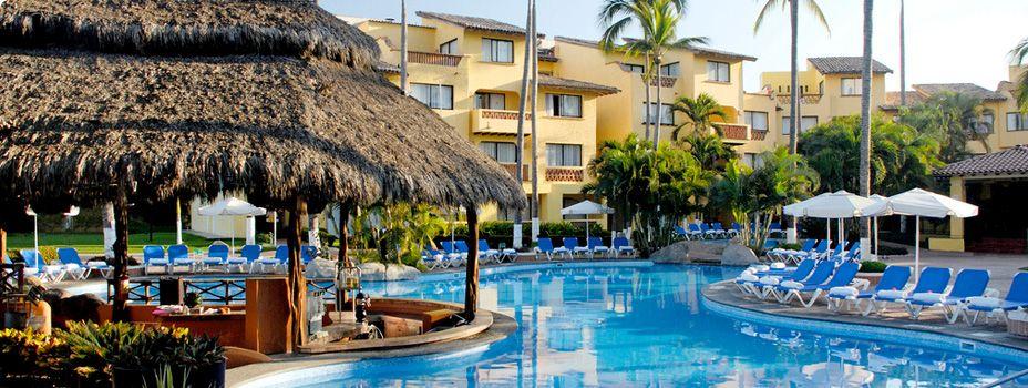 Plaza Pelicanos Grand Beach Resort In Puerto Vallarta Mexico