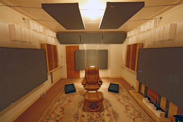 Exceptionnel Article Examines The Many Types Of Different Bass Trapping And Low  Frequency Treatments Available For Recording Studios, Home Theaters, And  Listening Rooms.
