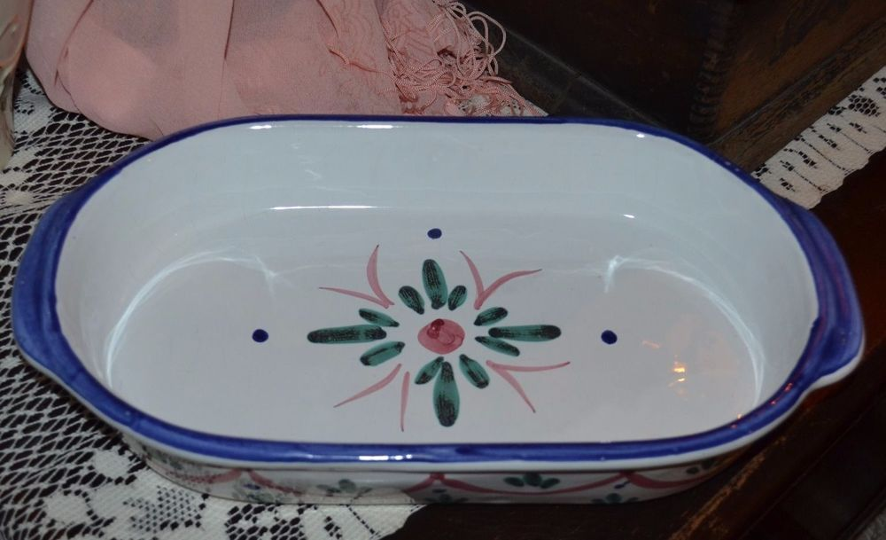 Vintage Mesa International Pottery, Italy Handcrafted 13 1/2 Inch