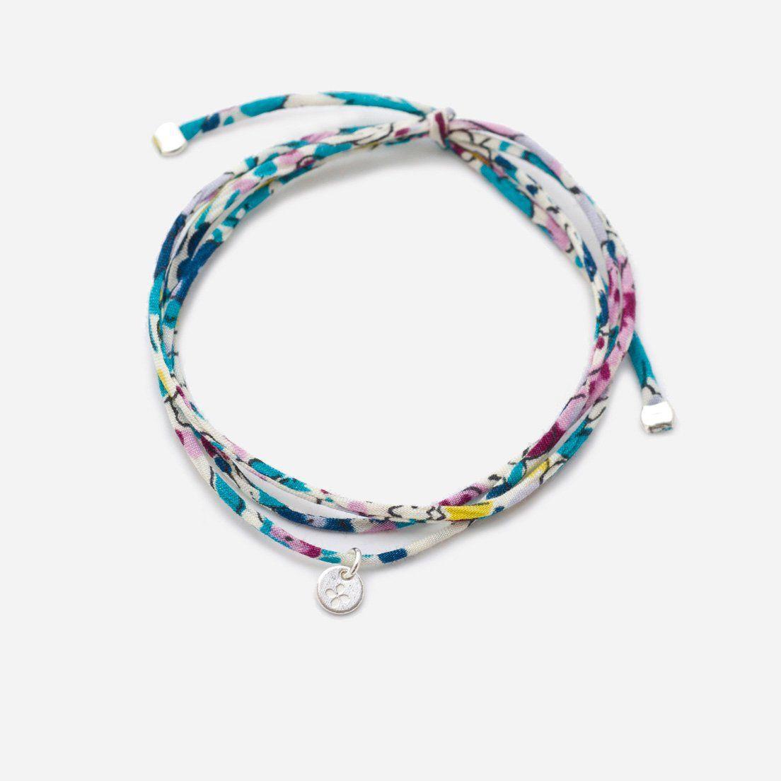 plus récent a6a65 ac971 Bracelet lien en Liberty finement cousu, finitions et petite ...