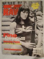 WWF RAW MAGAZINE WRESTLING OCTOBER 1998 FINE CHYNA POSTERS INSIDE