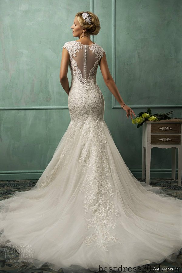 BEAUTIFUL lace wedding dress lace wedding dresses - My BFF sent this and said she thought of me :D