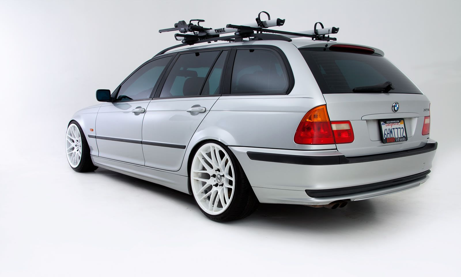 White Wheels Bmw Wagon Bmw Touring Bmw E39 Touring