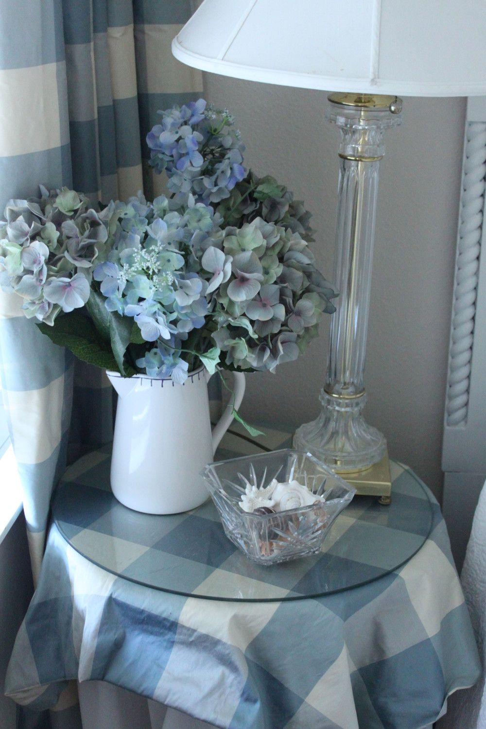Gracious Guest Bedroom Decorating Ideas: White Decor, Shabby Chic Cottage, Cottage