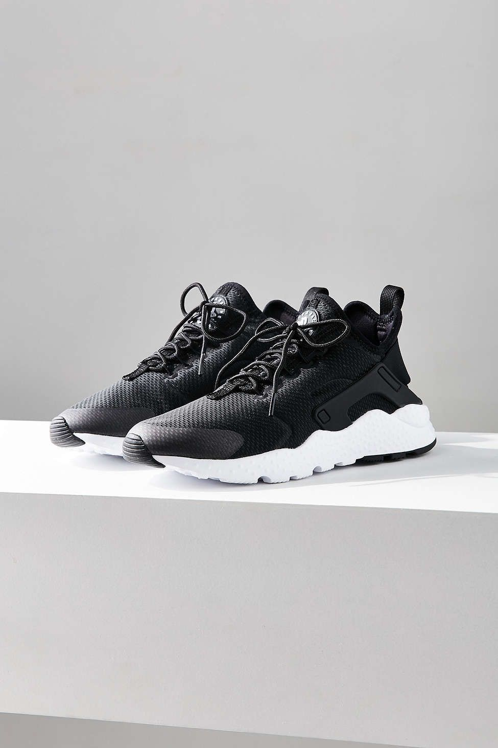 new product b85fe 0f86c Nike Air Huarache Ultra Sneaker Chunky Shoes, Nike Trainers, Adidas Sneakers,  Shoes Sneakers