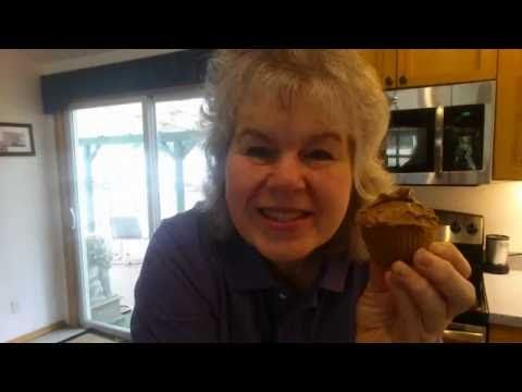Peanut Butter cupcakes/avocado chocolate pudding 5 carbs + a beautiful sunset - YouTube