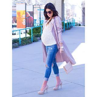 Si no te molestan los tacones, combínalos con un par de jeans y una linda chaqueta de vestir.   21 Sensacionales looks para mujeres embarazadas