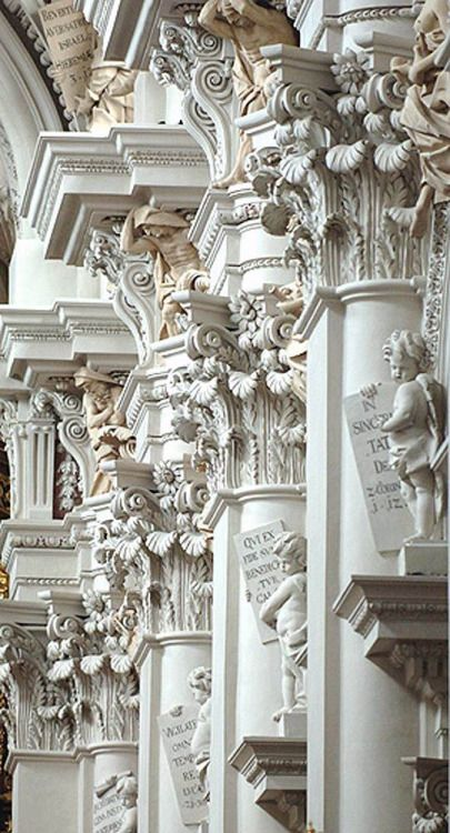 Stuccowork, 1668, St. Stephen, Passau, Germany, by Giovanni Battista Carlone II, a member of an Italian family of sculptors and son of a master builder of the same name.