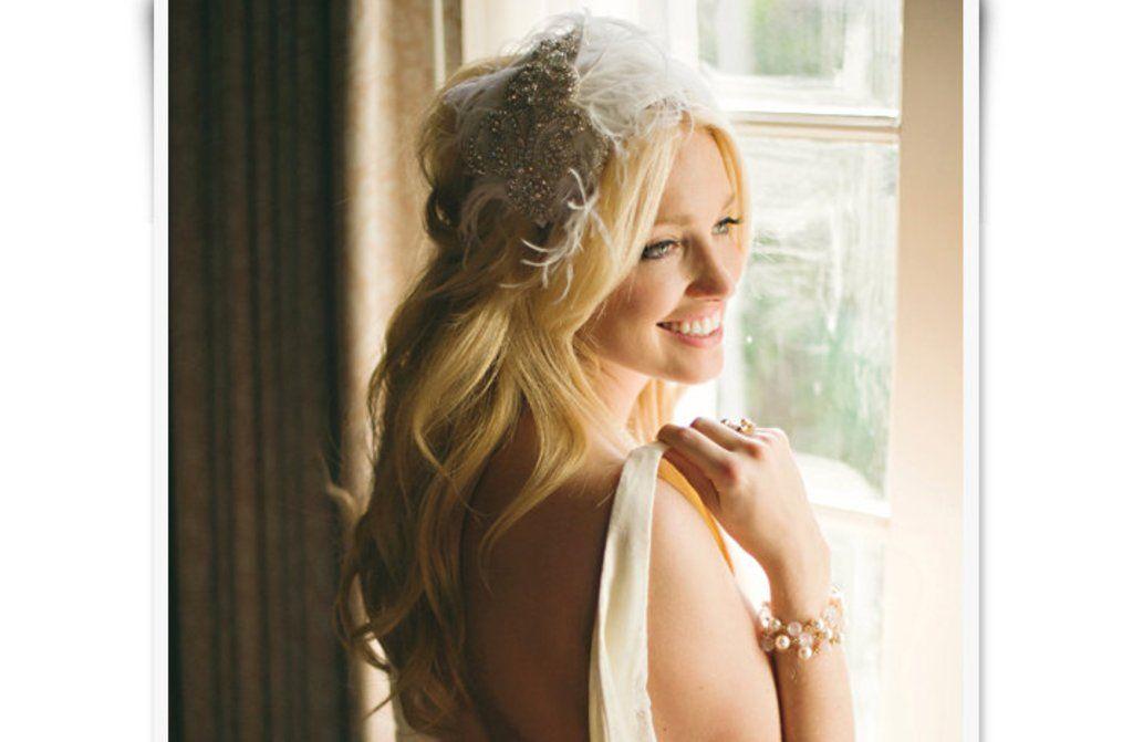 Retro feather bridal cap