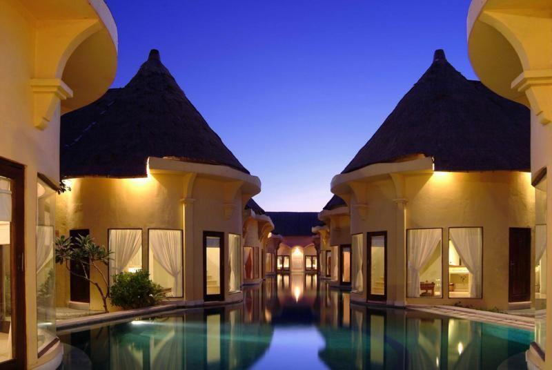 The Lagoon Villa At Villa Seminyak Estate Spa In Bali Indonesia Guests At This Hotel Can Literally Drop Out Of Resort Pools Bali Hotels Bali Accommodation