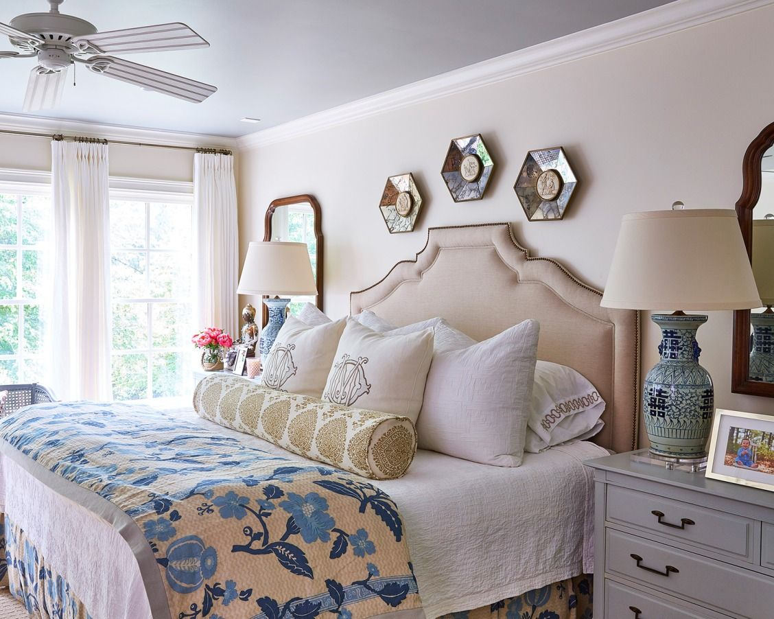 House Tour Maggie Griffin S Classic Family Cottage Relaxing