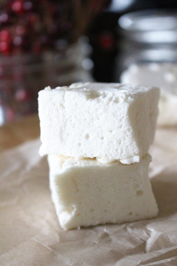 Healthy Paleo Honey Marshmallows #crispytreats Learn to make your own marshmallows with this easy recipe! Perfect for homemade rice crispy treats, fudge, and all your favorite desserts. Paleo, GAPS, delicious. Eat them plain, use them in hot chocolate, for s'mores, or cover them in chocolate for Christmas! #healthymarshmallows