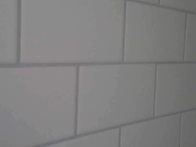 bathroom grout color