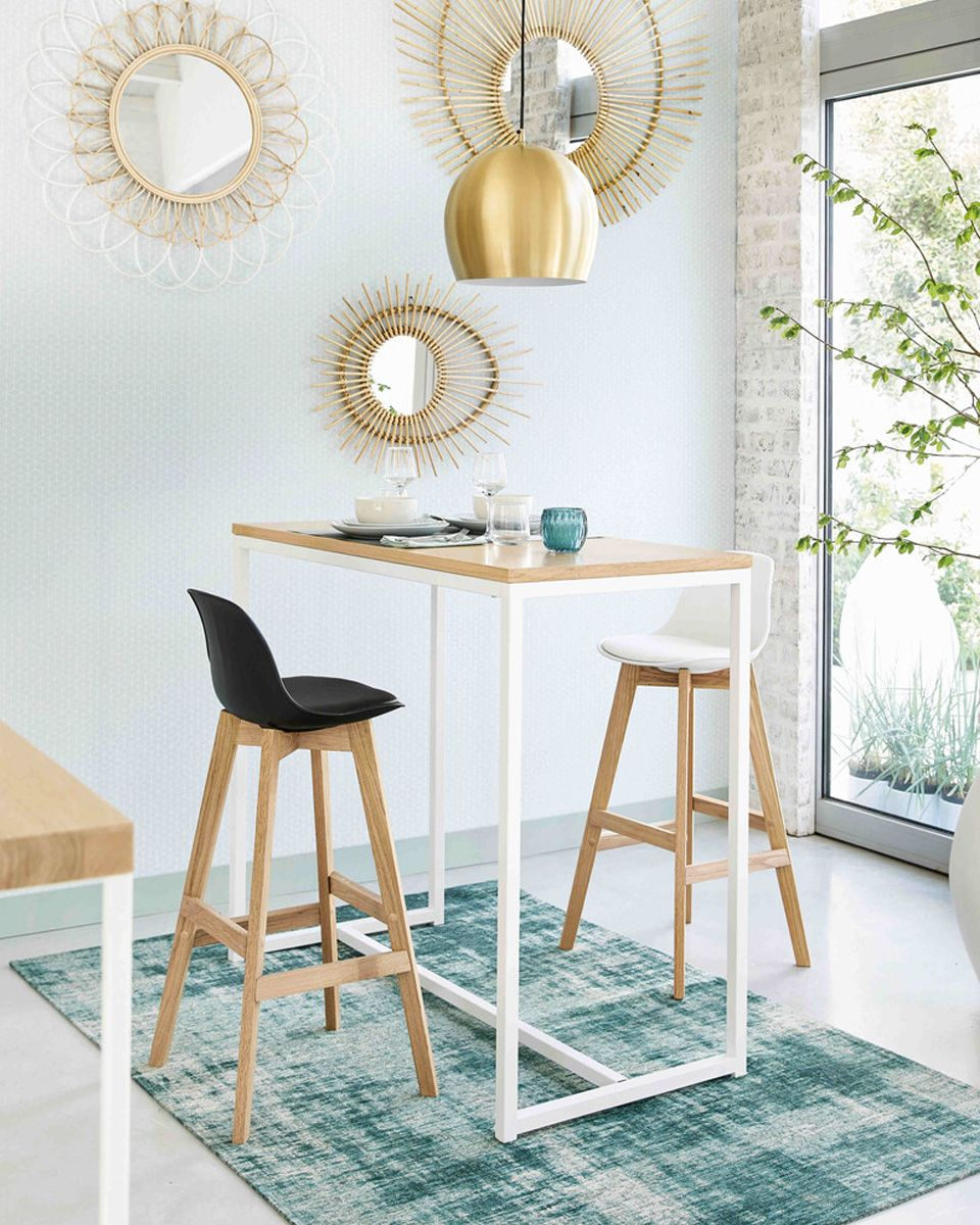 Pin By Nia Dahlan On Visite Deco Places Kitchen Bar Table Bar Chairs Home Decor