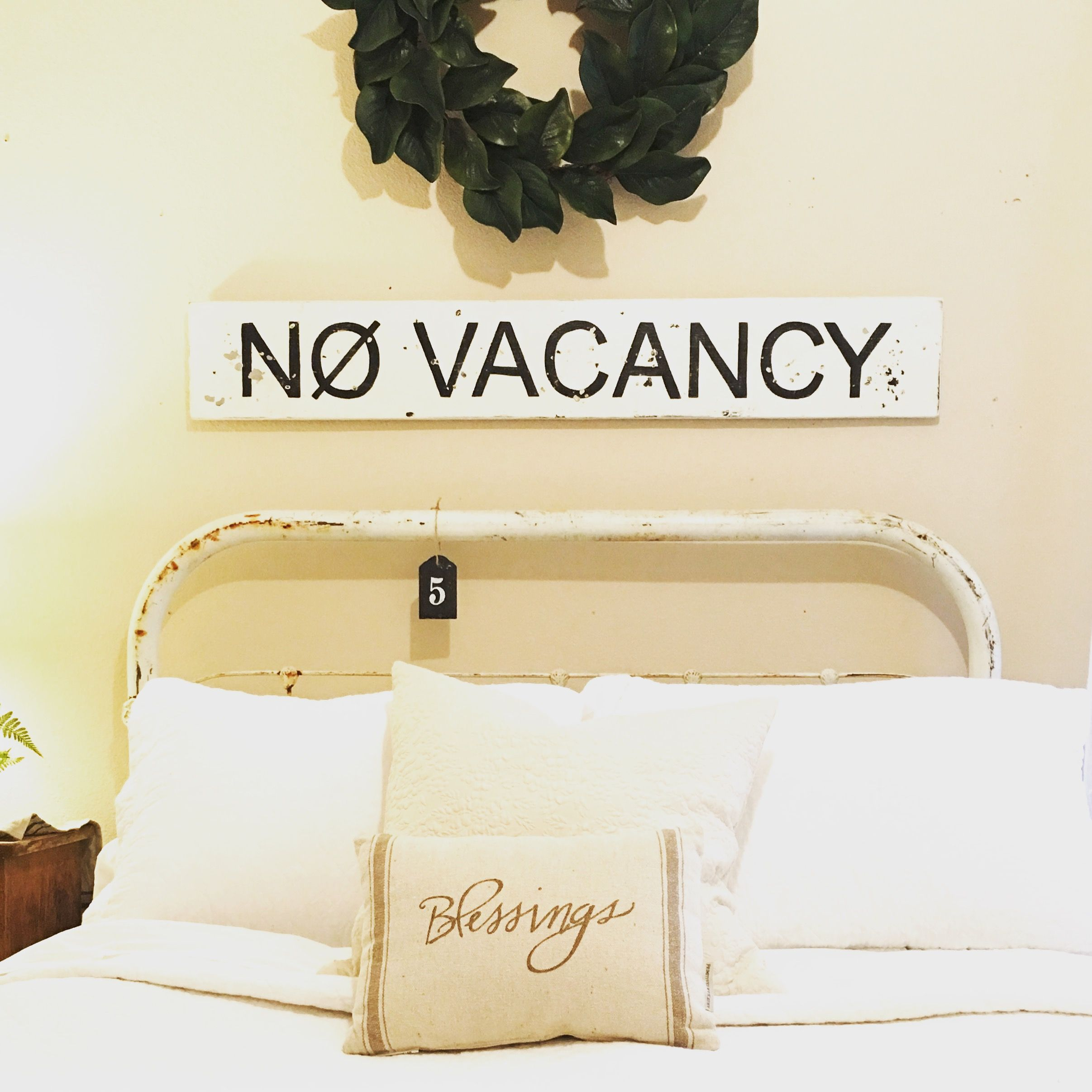No Vacancy Sign | bedroom decor | handpainted signs | farmhouse decor | home decorating | guest bedroom