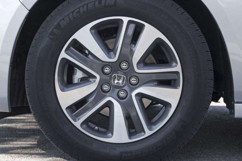 2000 Honda Odyssey Tire Size