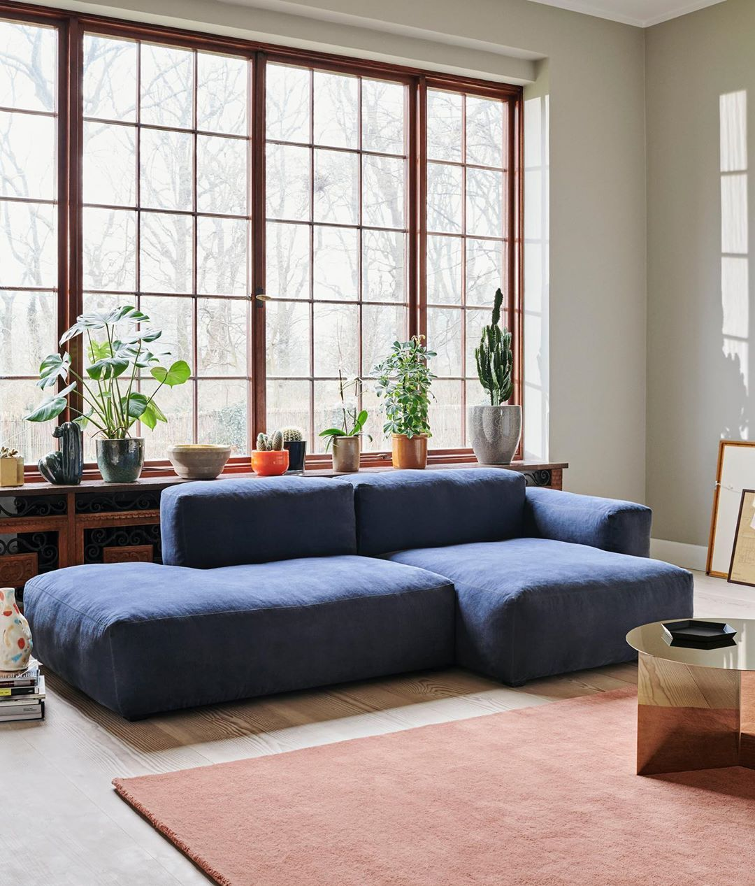 Rounded Edges And Soft Cushions