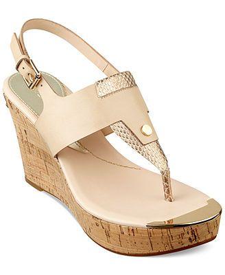2ede08e44e0 GUESS Magli Platform Wedge Thong Sandals - Black