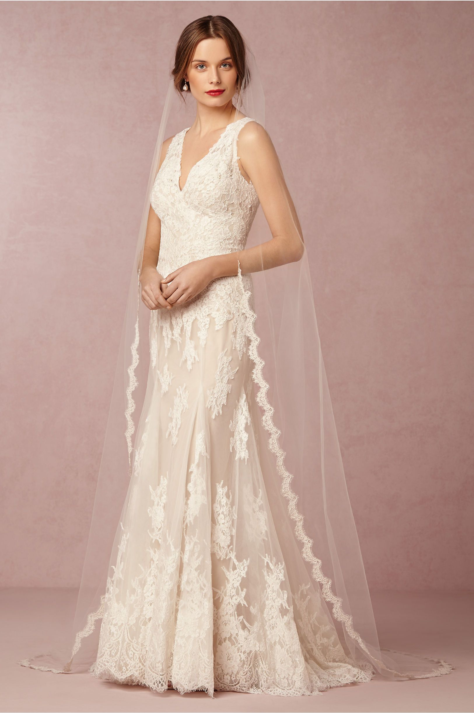 BHLDN Curving Periphery Veil in Bride Veils & Headpieces Veils at ...