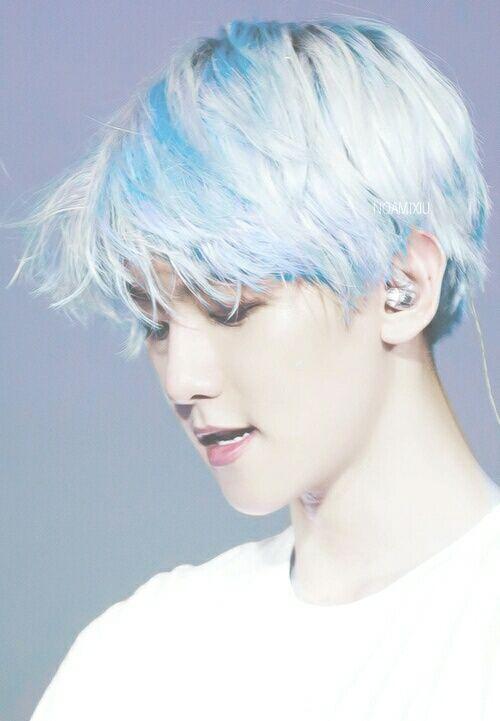 Name The Blue Haired Kpop Idol Quiz By Lizquen423 Baekhyun Exo Baekhyun Kpop Exo