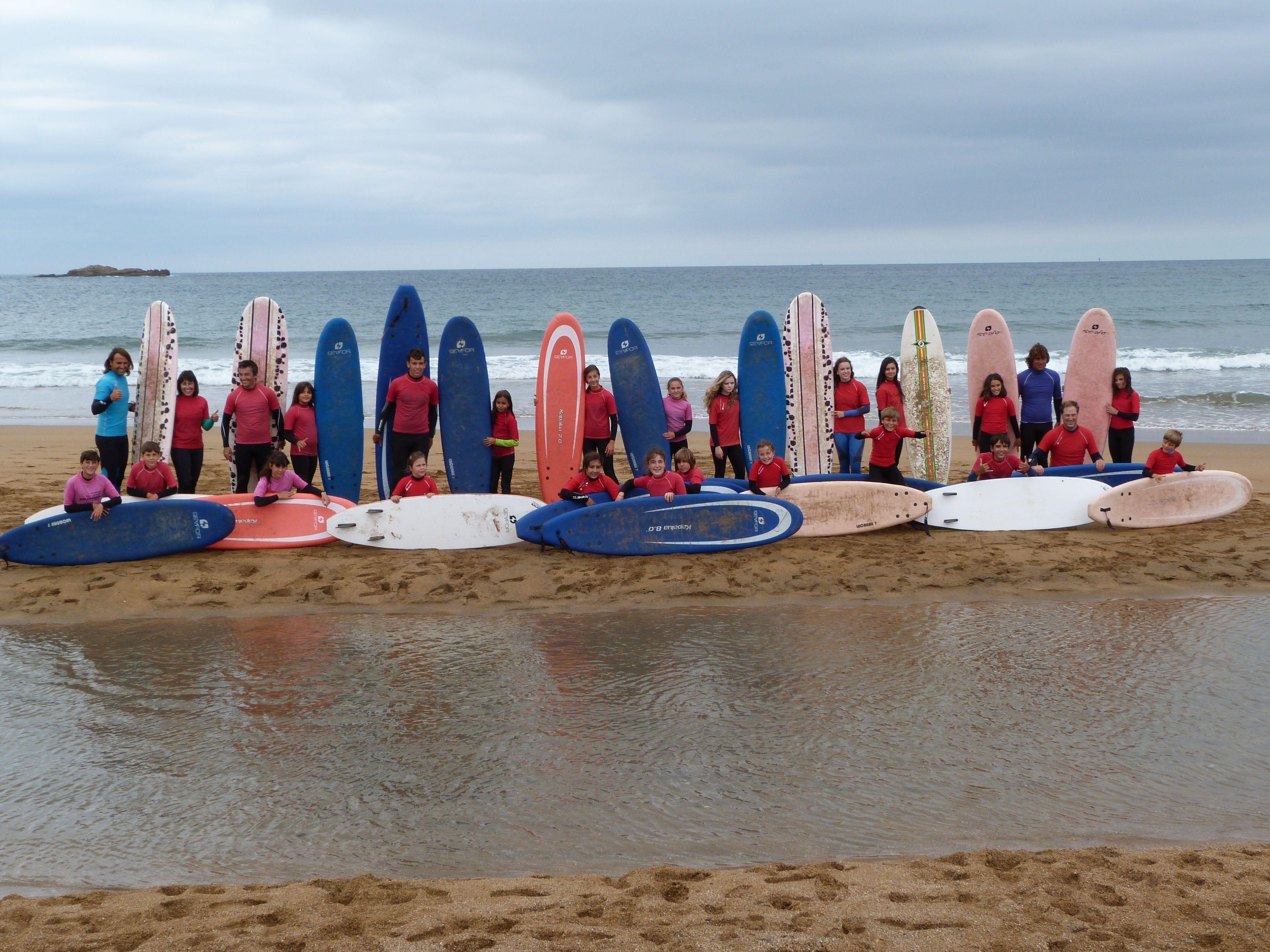 COMENZAMOS 3ª SEMANA AGOSTO 2014 EN BALUVERXA - LA ESCUELA DE SURF DEL CABO , ¿QUIERES APUNTARTE? MAS INFO EN EL SIGUIENTE ENLACE ... http://www.baluverxa.com/2014/08/comenzamos-3-semana-agosto-2014.html