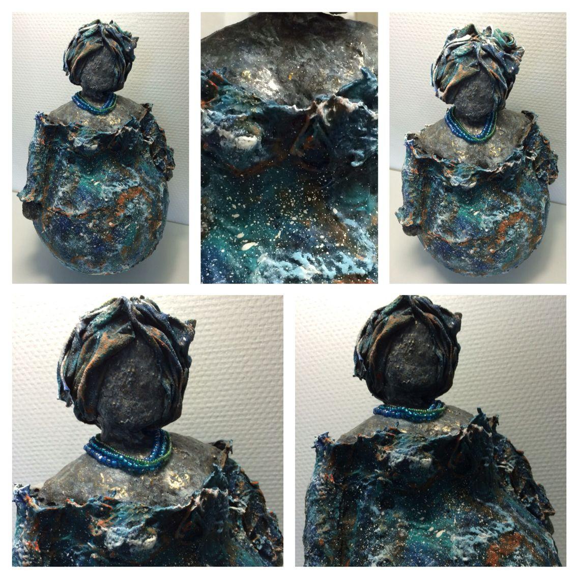 Vrolijke dame van textielverharder Keracoat - powertex - paverpol
