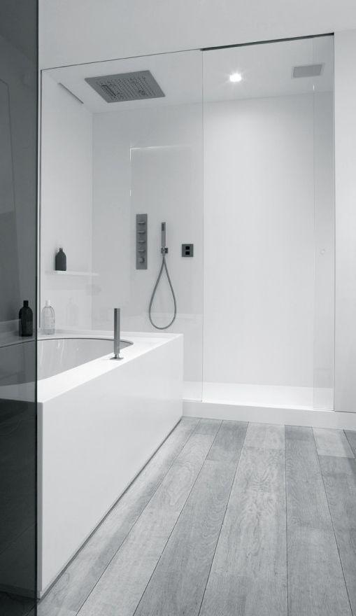 10 Whitewashed Planked Wood Floor With A Matt Finish For A Bathroom Digsdigs Minimalist Bathroom Bathroom Design Bathroom Interior
